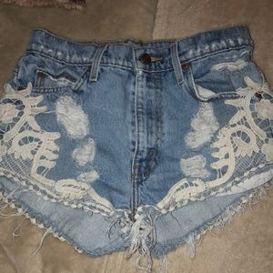 High wasted jeans shorts